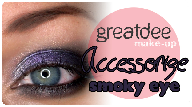 2 featured image accessorize smoky eye