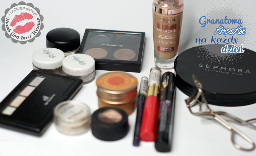 Make-up: Granatowa kreska na każdy dzień